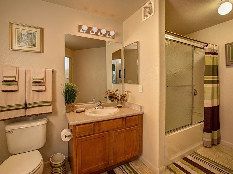 Bathroom | Horizons at South Meadows