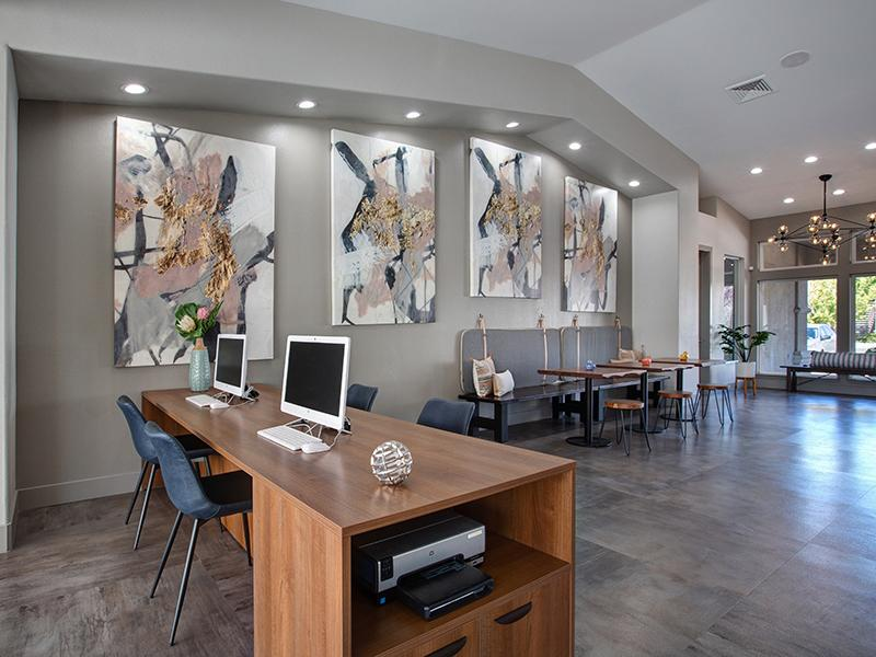 Clubhouse Interior | Horizons at South Meadows