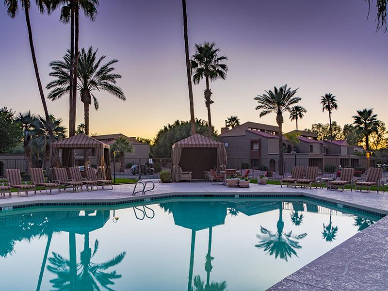 Outdoor pool in Scottsdale, AZ apartments