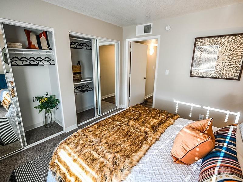 Bedroom Interior | Dakota Canyon 87505 Apartments
