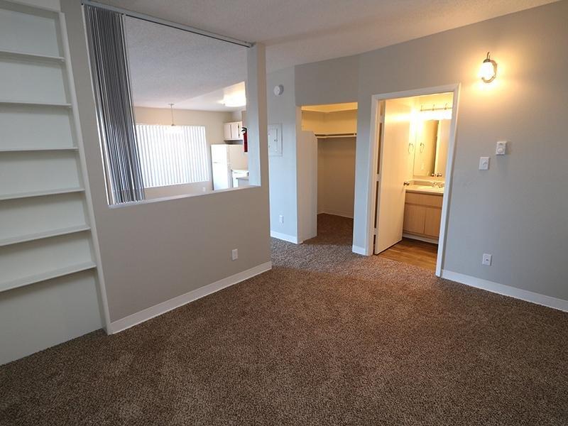 Living Room | Dakota Canyon Apartments in Santa Fe NM