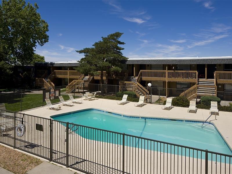 Pool | Retreat at Candelaria