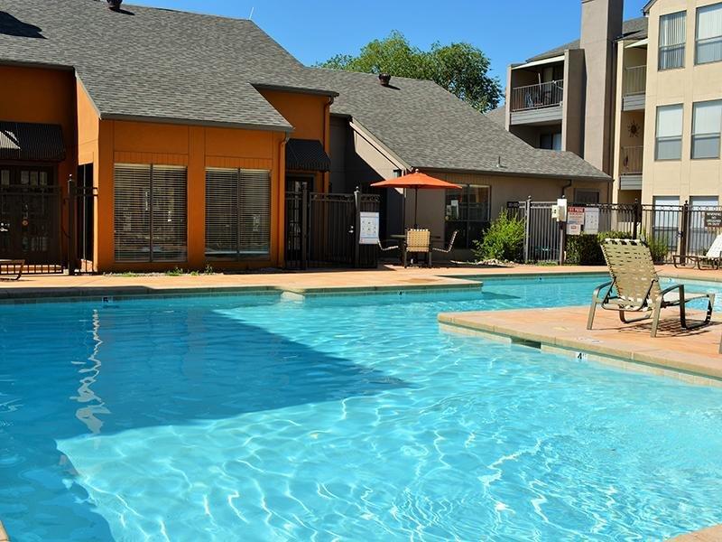 Pool | Alvarado Apartments