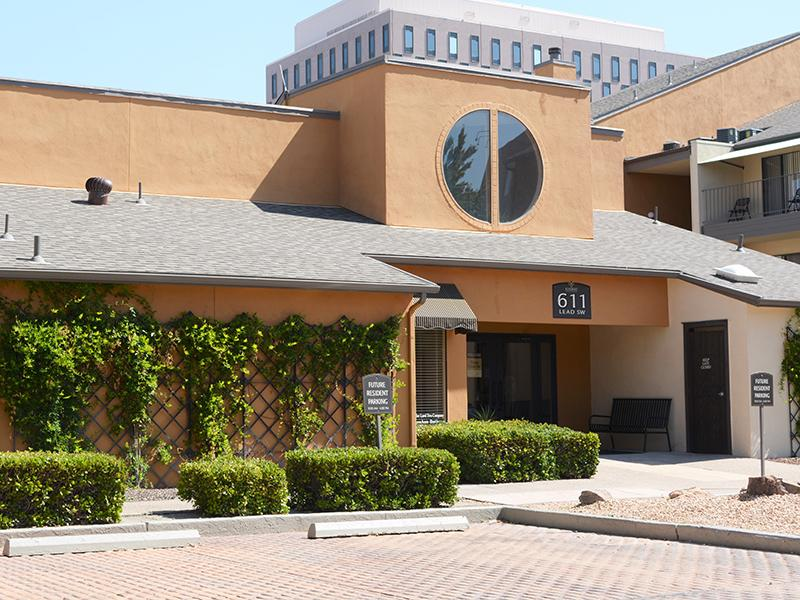 Clubhouse Exterior | Alvarado Apartments