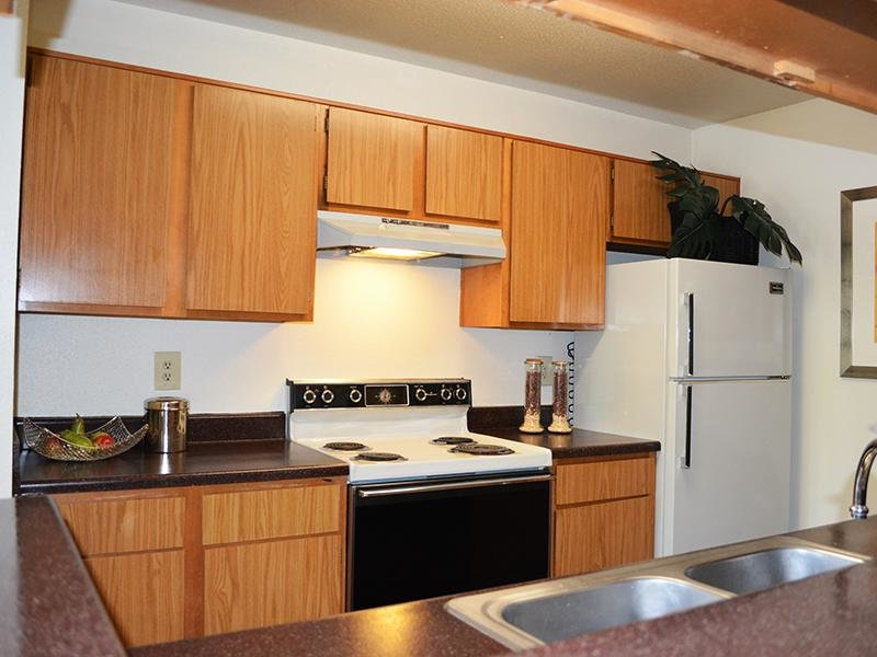 Kitchen | Alvarado Apartments