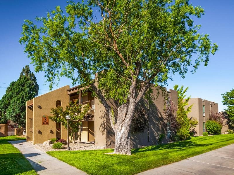 Spain Gardens Apartments Albuquerque Nm