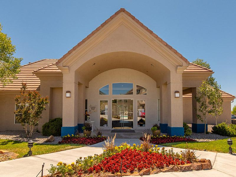 Clubhouse Exterior | Allegro at Tanoan Albuquerque