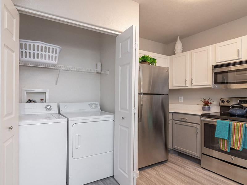 Kitchen | Washer & Dryer | Allegro at Tanoan Albuquerque | Roma