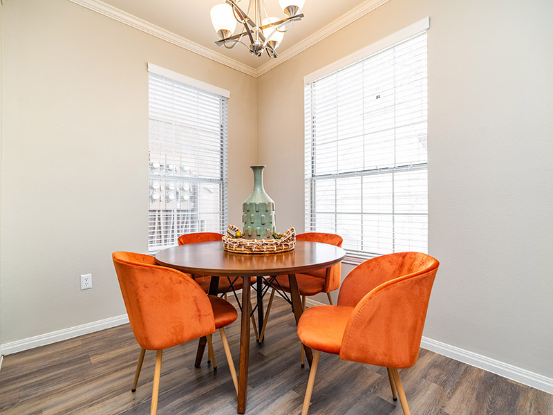 Dining Room | The Enclave Apartments