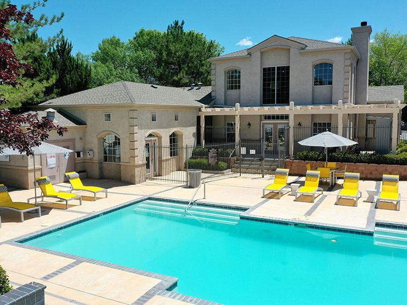 Poolside Seating | The Enclave Apartments in Albuquerque, NM