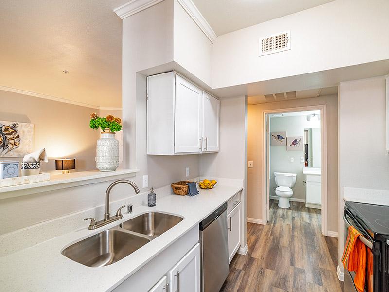 Kitchen | The Enclave Apartments
