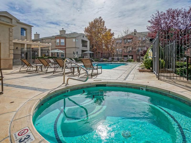 Hot Tub | The Enclave Apartments