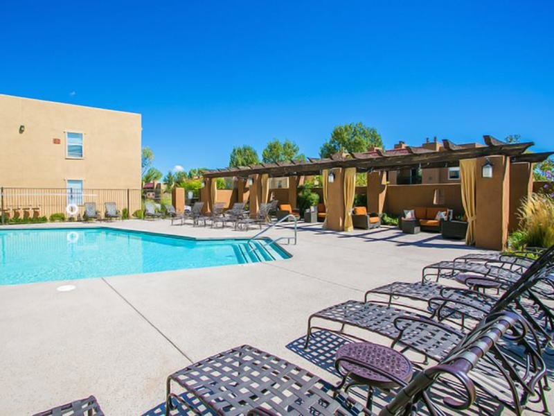 Resort Style Pool | Sombra del Oso Apartments in Albuquerque NM