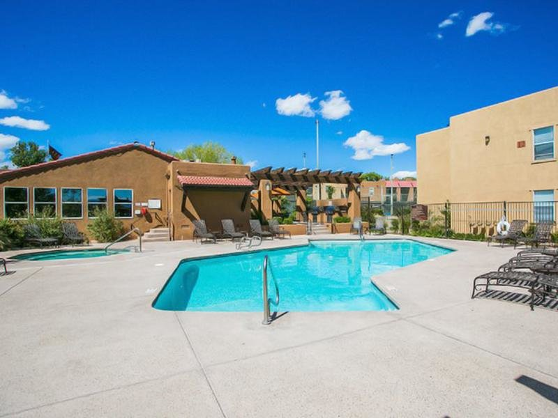 Community Swimming Pool Overview | Sombra del Oso Albuquerque Apartments
