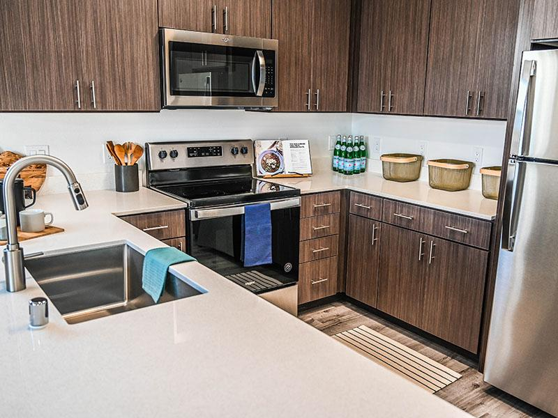 Stainless Steel Appliances | Camino Real