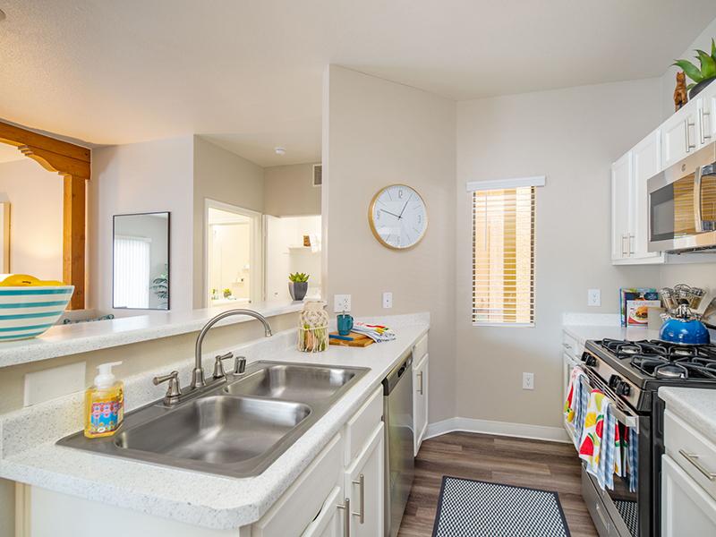 Kitchen Counters | San Miguel Del Bosque Apartments in Albuquerque, NM