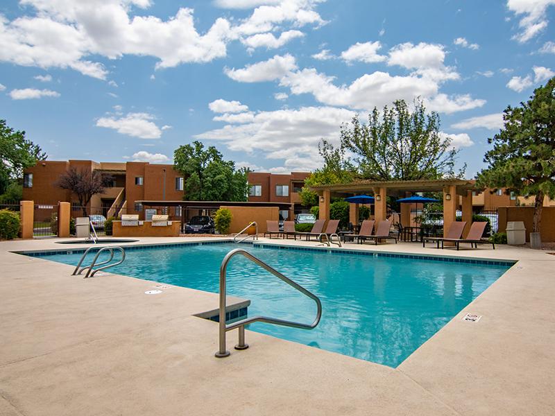 Pool | San Miguel Del Bosque Apartments in Albuquerque, NM