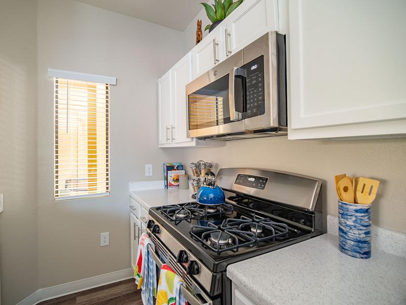 Kitchen Appliances | San Miguel Del Bosque Apartments in Albuquerque, NM