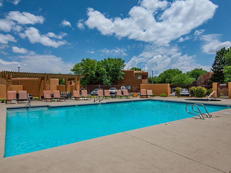 Swimming Pool | San Miguel Del Bosque Apartments in Albuquerque, NM