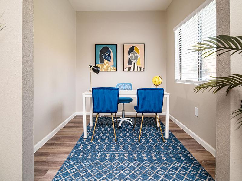 Room | San Miguel Del Bosque Apartments in Albuquerque, NM