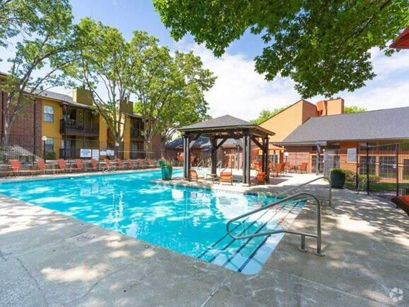 Swimming Pool   Northpointe Village Apartments