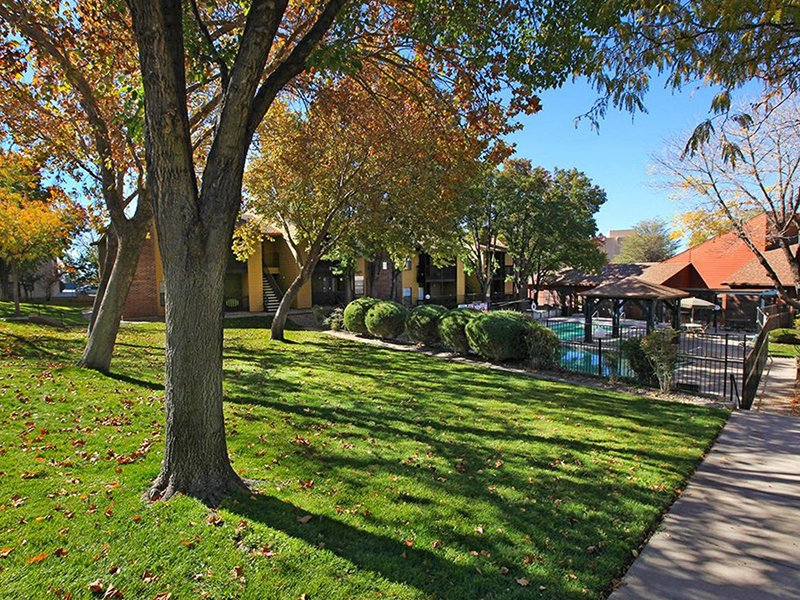 Grounds | Northpointe Village Apartments