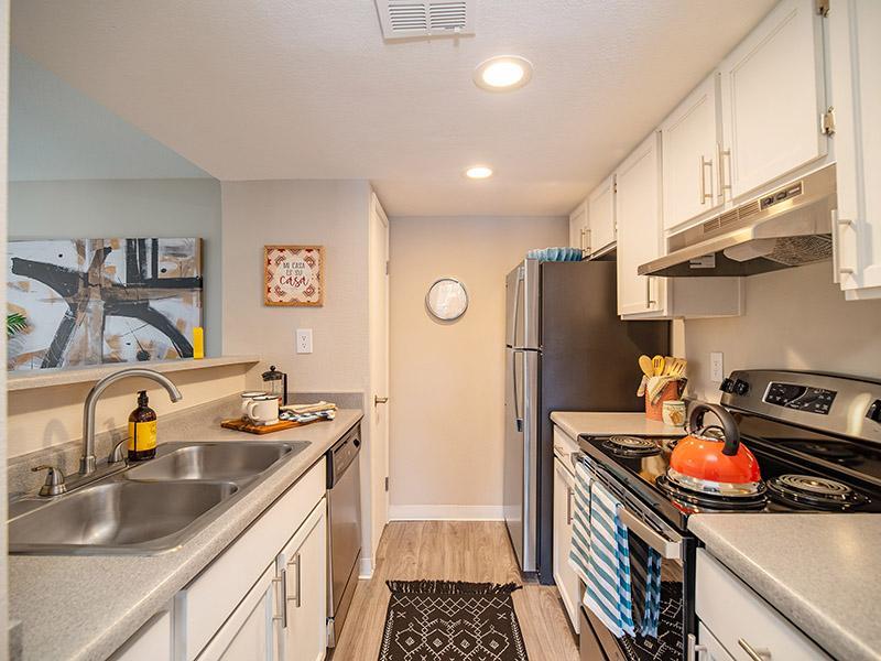 Kitchen   Northpointe Village Apartments