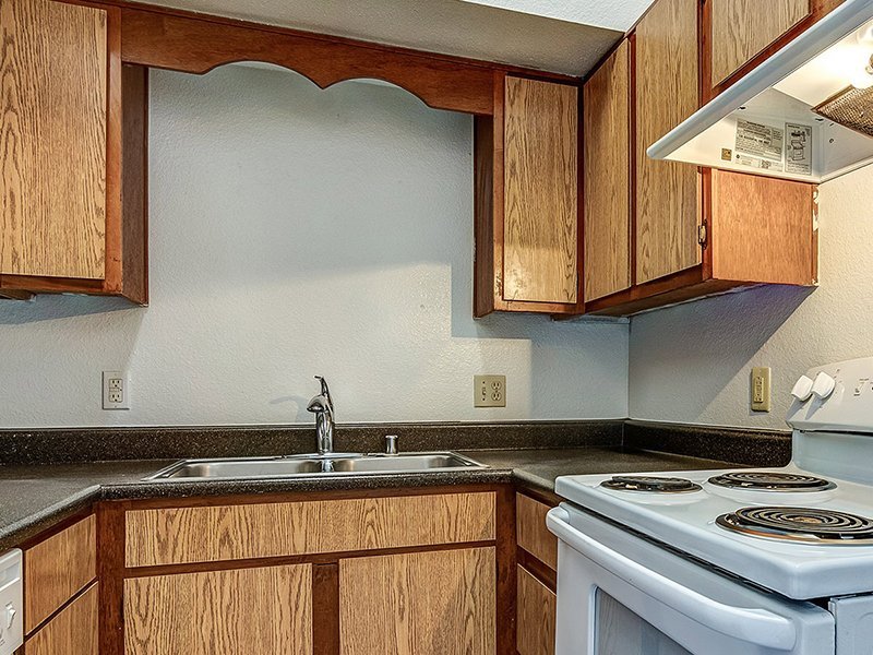 Fully Equipped Kitchen   Dorado Heights Apartments in Albuquerque, NM