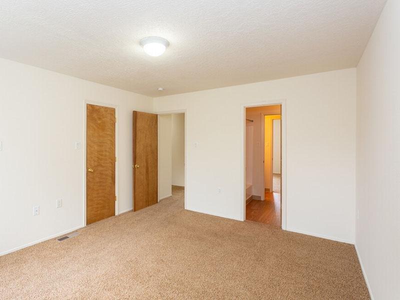 Bedroom Interior   Meadowlark Apartments
