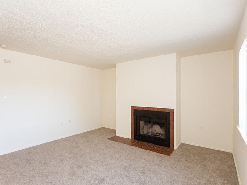 Living Room   Meadowlark Apartments