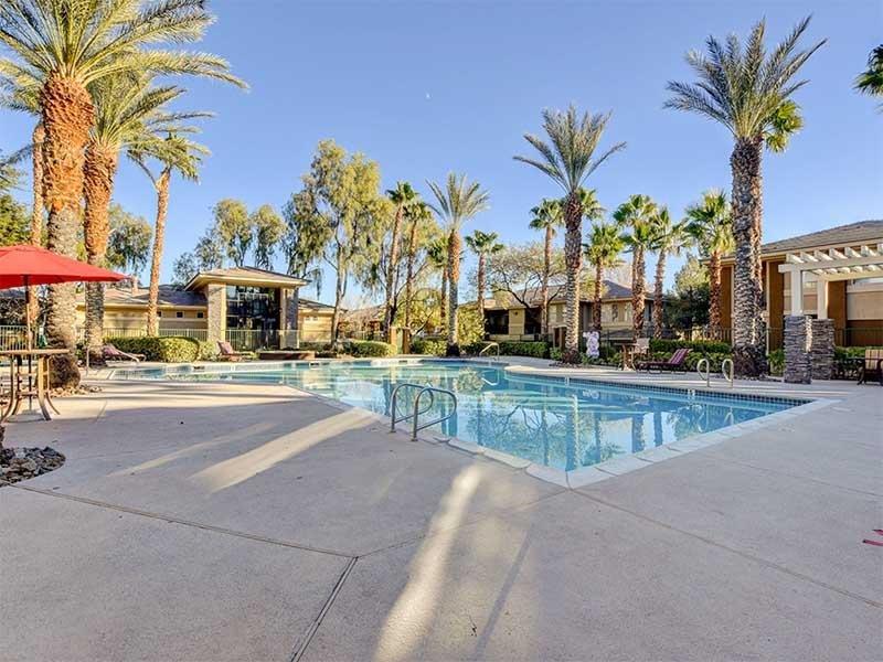 Pool | St Clair Apartments