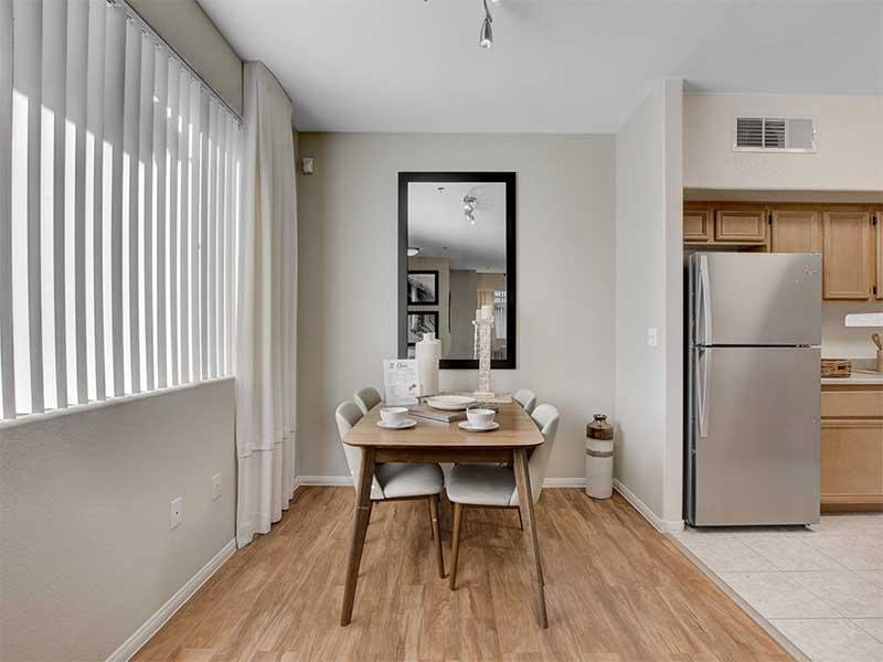 Dining Room | St Clair Apartments