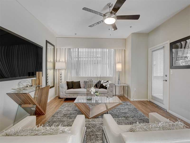 Living Room | St Clair Apartments