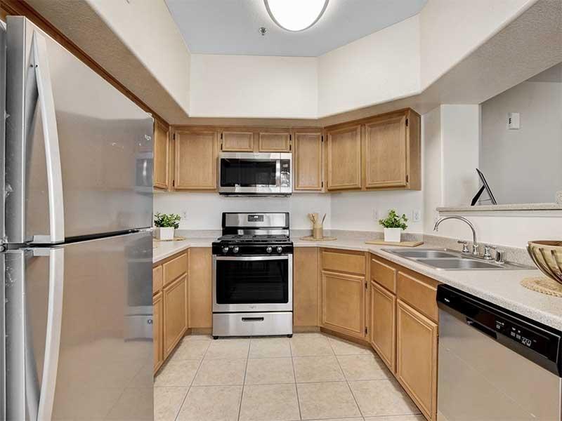 Kitchen | St Clair Apartments