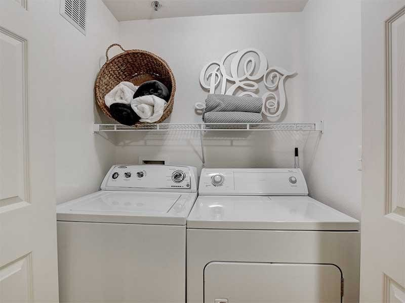 Washer & Dryer | St Clair Apartments