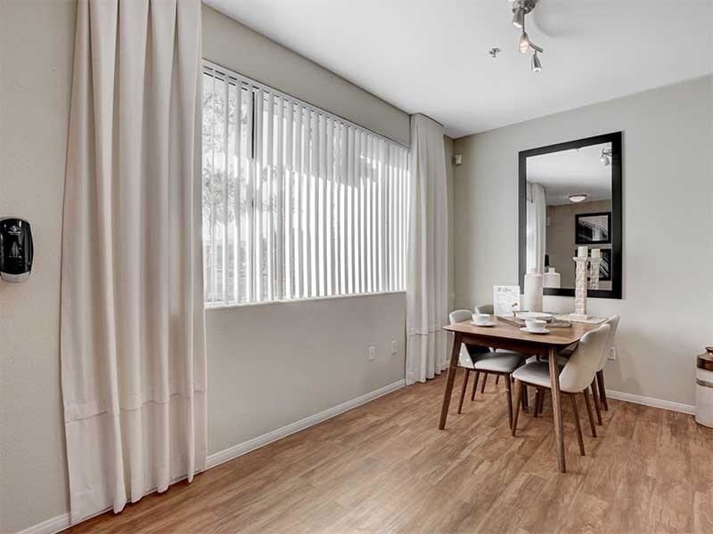 Dining Area | St Clair Apartments