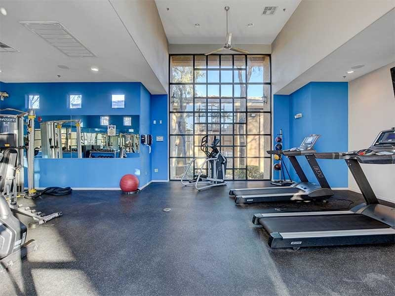 Fitness Center | St Clair Apartments