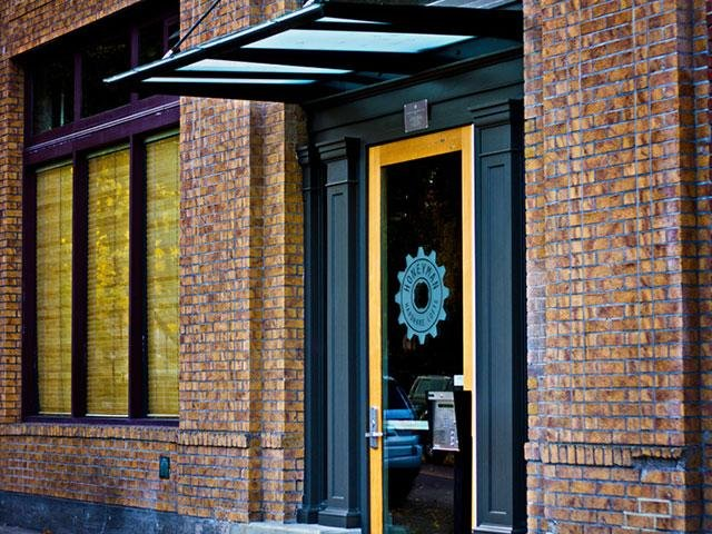 Honeyman Hardware Lofts Apartments in Portland, OR