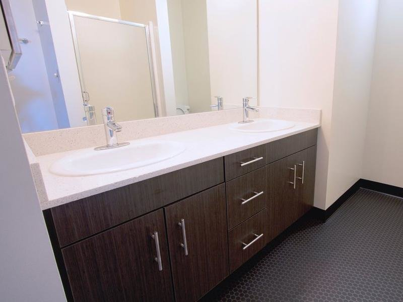 Bathroom - Counter-tops