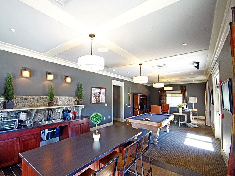 Clubhouse - Kitchen & Dining Area