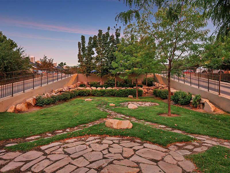 Landscaping | Seasons at Pebble Creek