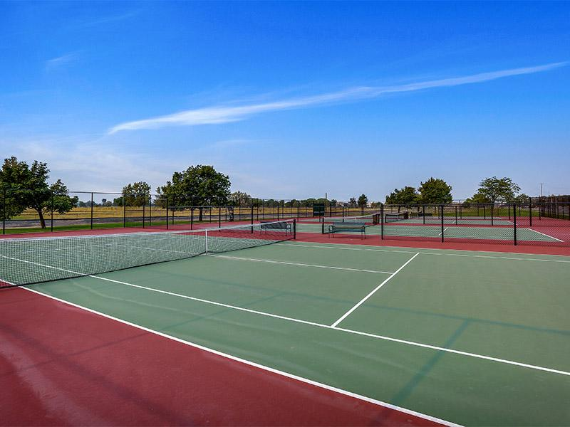 Tennis Courts | Seasons at Pebble Creek Apartments