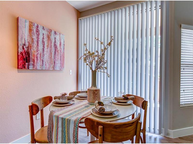 Dining Space - Apartments in Phoenix, AZ