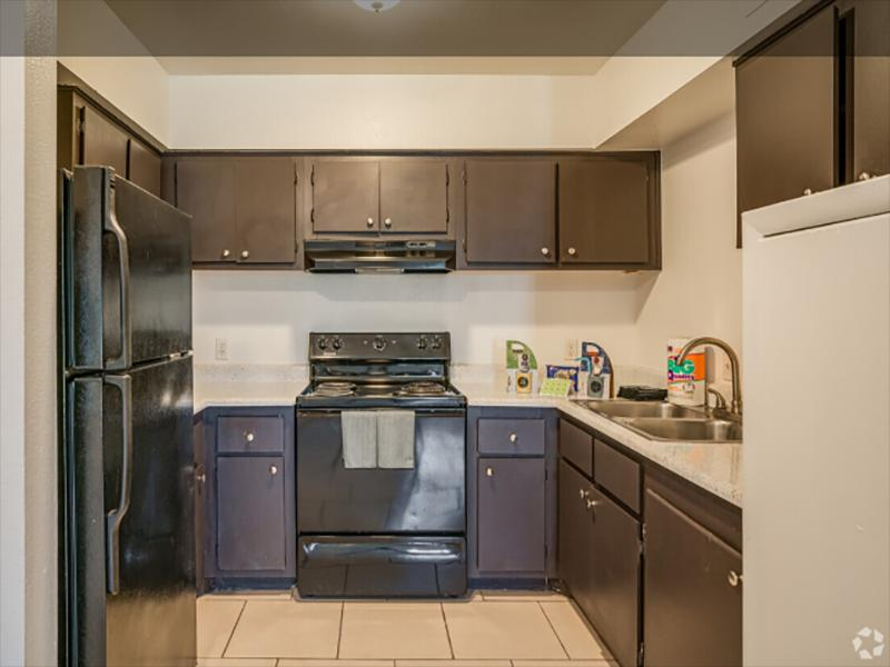 Kitchen | Portola at Grovers Park