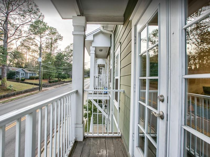 Private Exterior Balcony | Hayden Commons Tallahassee
