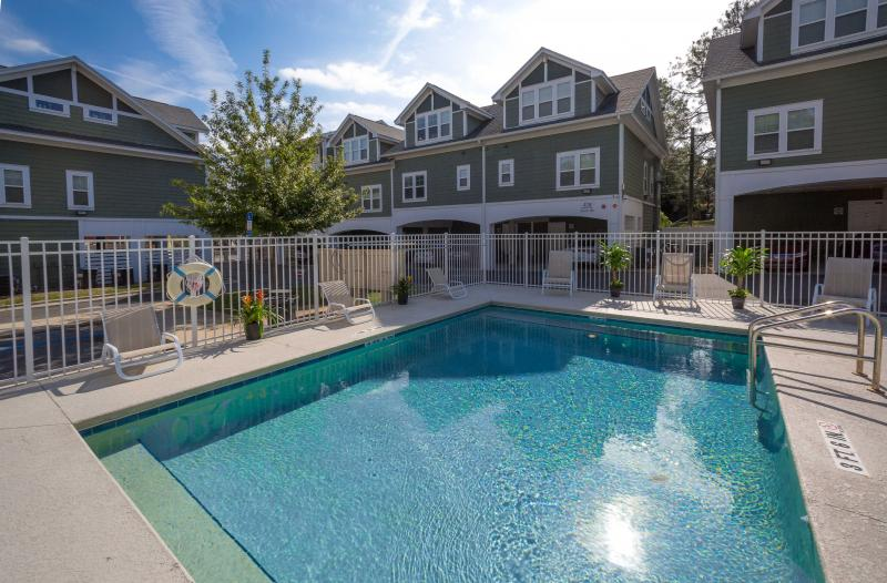 Hayden Commons Townhouse: FSU Student Housing Pool