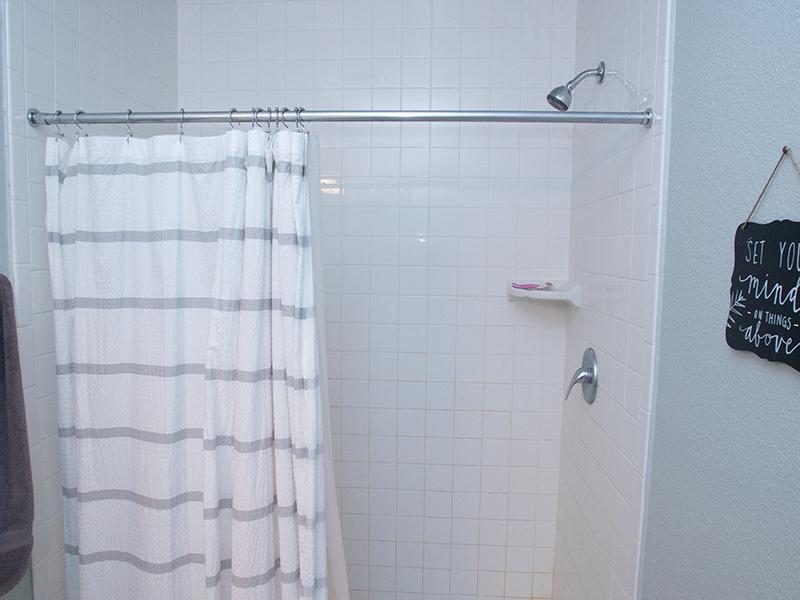 Hayden Commons Townhouse: Bathroom