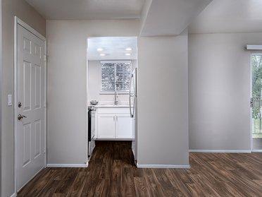 Interior   Creekview Apartments in Midvale, UT