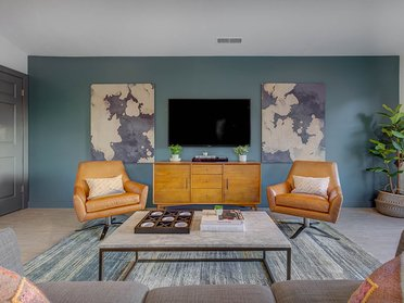 Clubhouse Seating Area   Creekview Apartments in Midvale, UT
