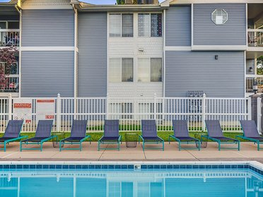 Pool   Creekview Apartments in Midvale, UT